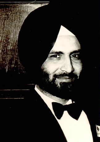 Pashaura Singh Dhillon