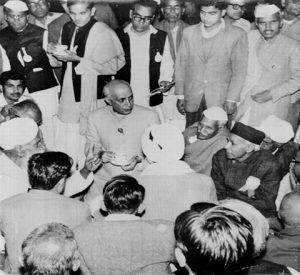 Baba Ji speaking to Nehru